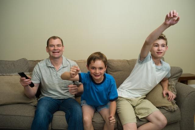 家族でスポーツ観戦