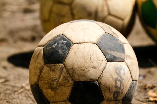部活とサッカーボール