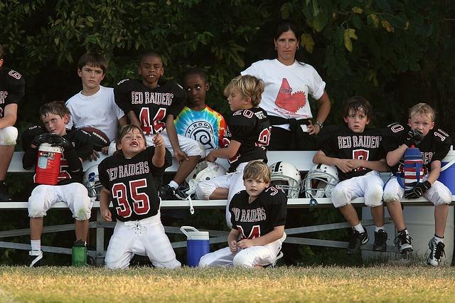 スポーツ少年団の子どもと親