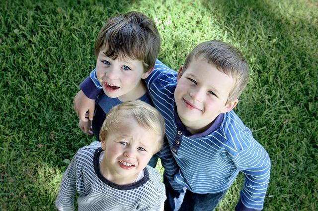 男の子3人